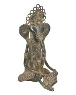 Ganéša hrajúci na harmónium, Tribal Art, mosadzná socha, 14x15x29cm