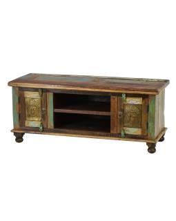 Komoda pod TV z antik teakového dreva zdobená mosadznými Budhu, 120x45x52cm