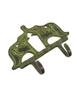 """Vešiačik dva slony, """"Tribal Art"""", zelená patina, mosadz, dva háčiky, 15cm"""
