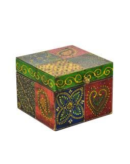 Ručne maľovaná drevená truhlička, multifarebná 13x13x10,5cm