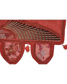 Záves nad dvere, červený, výšivka, strapce, lem, 104x36cm