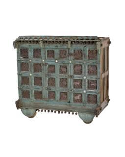 Truhla z teakového dreva na kolieskach, ručné rezby, antik kus, 125x69x124cm