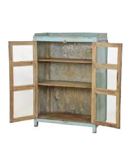 Presklená skrinka z teakového dreva, tyrkysová patina, 92x45x132cm