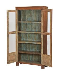 Presklená skriňa z teakového dreva, tyrkysová vnútri, 98x36x188cm