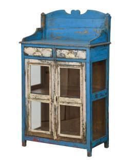 Presklená skrinka z teakového dreva, tyrkysová patina, 75x40x134cm