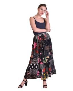 Dlhá patchworková sukňa, čierna, farebná potlač, guma v páse, dĺžka cca 94cm