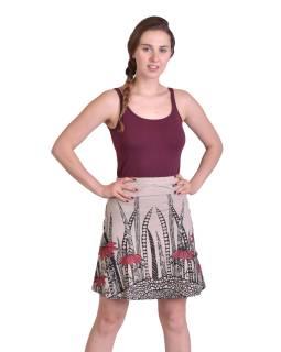 Krátka sukňa, Áčkový strih, béžová s čierno-červenou potlačou kvetín