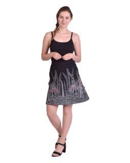 Krátka sukňa, Áčkový strih, čierna s čierno-červenou potlačou kvetín