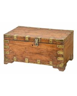 Truhlička z teakového dřeva, mosazné kování, 46x29x24cm