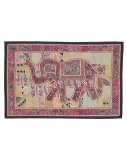 Patchworková tapiserie z Rajastanu, ruční práce, růžový slon, 146x108cm