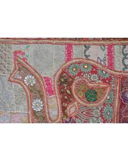 Patchworková tapiserie z Rajastanu, ruční práce, vínový slon, 148x104cm