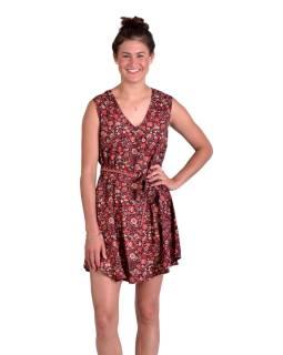 Krátké šaty bez rukávů, černé s červeným potiskem květin, pásek