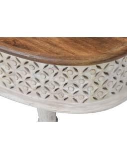 Oválný stolek z mangového dřeva, ručně vyřezávaný, 106x58x41cm