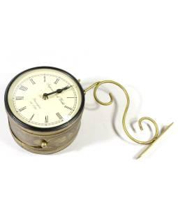 Obojstranné závesné hodiny, zlatá, kvetinový motív, zdobený mosadzný plech, 18cm