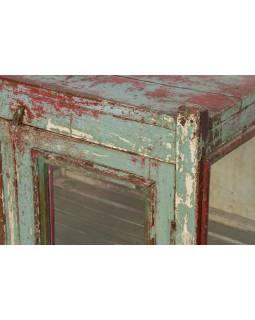 Prosklená skříňka z teakového dřeva, šedo červená patina, 66x48x90cm