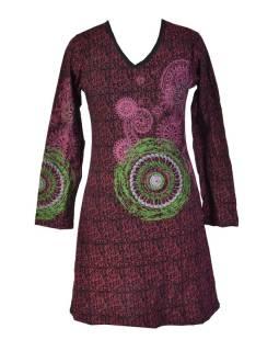 Čierne šaty s dlhým rukávom, vínový celotiskem, farebná mandala, V výstrih